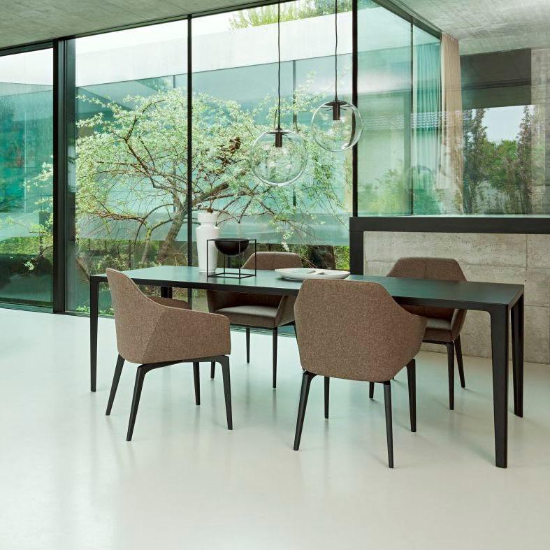 alfredo-table-wogg