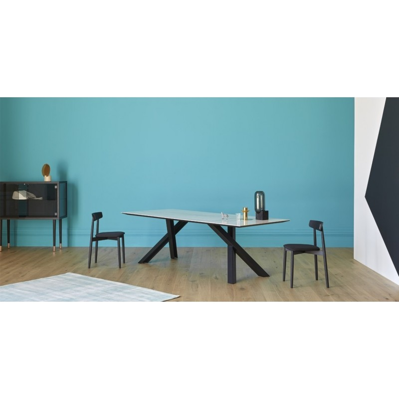 gustave-dining-table-miniforms