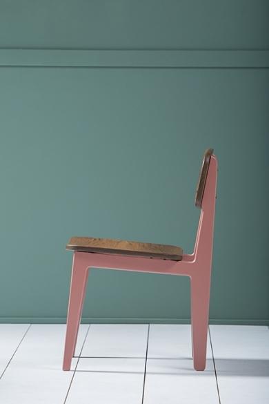 amol w light red chair kann