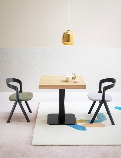 miniforms gualtiero table
