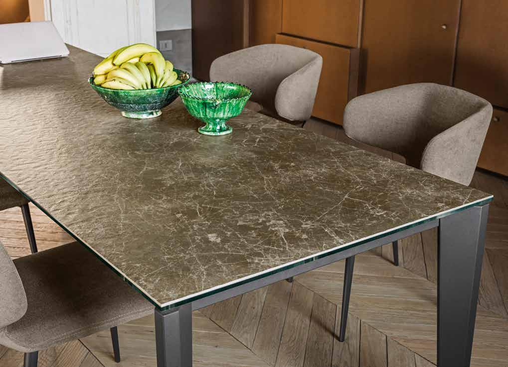 lestrocasa firenze tables